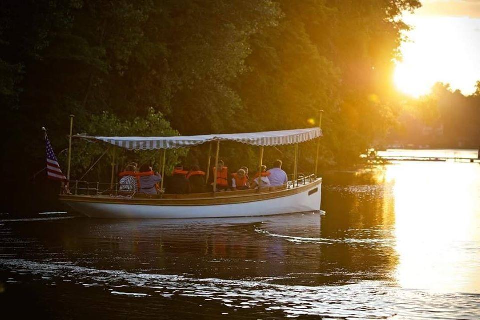 Anokijig Boat Ride